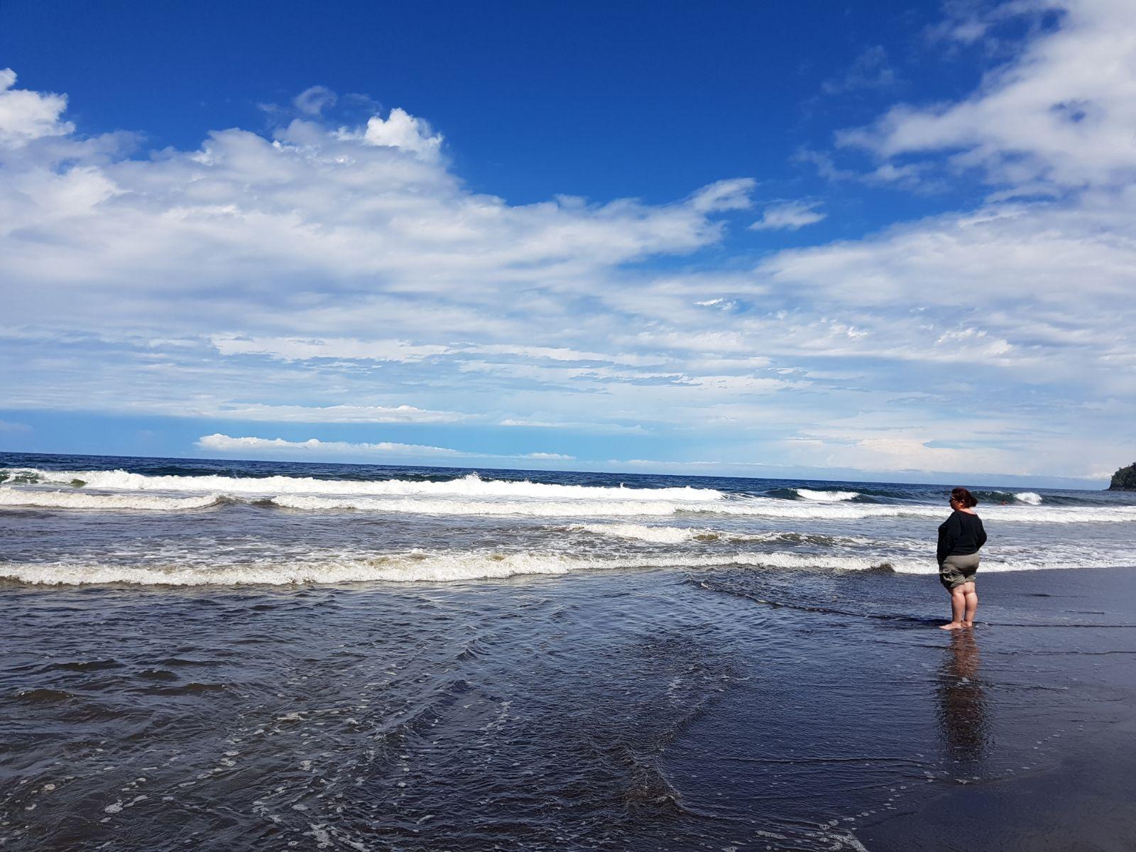 zenergya Gedragen door de oceaan..